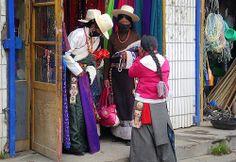 The pink handbags, nomad women shopping, Tibet 2012