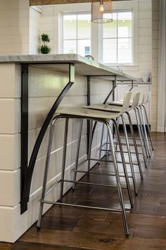 Decorative Steel Corbels for Kitchen Bar – Snack Bar – Island Counter -Shelf Bracket – Bracket – Steel Bracket – Socorro Lima - Decoration Decor, House, Kitchen Bar, Home, Corbels, Kitchen Decor, Planked Island, Kitchen Island Bar, Interior Design