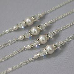 Custom Bridesmaid Bracelet, Swarovski Pearl Bracelet, Bridesmaid Jewelry, Bridesmaid Gift, Personalized Bridesmaid Gift, Maid of Honor Gift