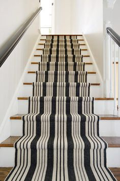 Stairs and Stripes - Installing a Stair Runner // Young House Love Young House Love, Painted Stairs, Wood Stairs, Front Stairs, Basement Stairs, Front Entry, Black Stairs, Black Railing, Arquitetura