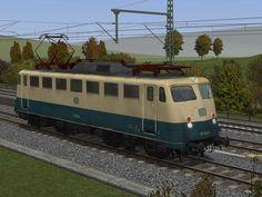 E-Loks BR 110.3 der DB in ozeanblau-beige in Epoche IV