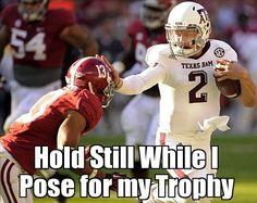 Johnny Manziel Aggie Football, Football Helmets, College Football, Football Season, Football Fever, Football Food, Texas A&m, Twitter, Texans