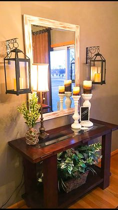 Best Small Entryway Decor & Design Ideas To Upgrade Space 2019 Looking for small entryway decor? Take a look at these stunning entryway decor ideas that will upgrade your space. Foyer Decorating, Interior Decorating, Living Room Decorating Ideas, Home Decor Ideas, Room Ideas, Rustic Entryway, Entryway Ideas, Entryway Furniture, Entryway Table Decorations