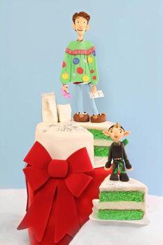 tutorial cartoni animati   Esperimentidizucchero's Blog Christmas Themed Cake, Christmas Cake Decorations, Holiday Cakes, Christmas Cakes, Gorgeous Cakes, Amazing Cakes, Arthur Christmas, Fondant Cake Tutorial, 2 Birthday Cake