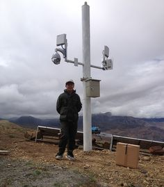 Water resource monitoring in the mountains of Tibet used Suntor wireless transmitter model ST58T8G by using solar power, can transmit 5-8km, look at Site photos by Mr.Yang.