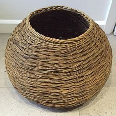 This beauty is from @clerkenwell_basketmaker . Rope weave in willow. Just stunning. #bmdozen #basketry #willowbaskets #bmdozen
