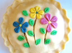 LOOK AT THIS!   Colored Pie Crust Flowers & other decorations Recipe