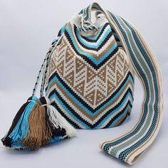 22 отметок «Нравится», 1 комментариев — Welawayuu เวลาวายู (@wela.wayuu) в Instagram: «❤️ Wayuu bag Single thread size L รุ่นด้ายเดี่ยว ไซส์ L เส้นผ่าศูนย์กลางก้นกระเป๋า 22…»