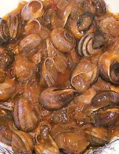Caracoles chupaeros Spanish Dishes, Spanish Food, Seafood Dishes, Seafood Recipes, My Favorite Food, Favorite Recipes, Paella, Lasagna, Food And Drink