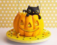 Kitty Cat Pumpkin Cake ~ Cakegirls, Chicago , IL