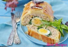 Turkey roulade in puff pastry