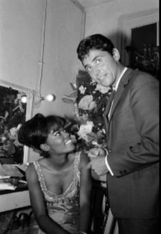 Dionne Warwick singer 1960s and French singer