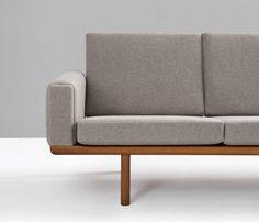Hans Wegner Four-Seat Sofa GE 236/4 for GETAMA image 6