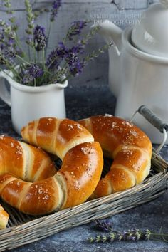 Hungarian Cuisine, Hungarian Recipes, Hungarian Food, Sweet Pastries, Bread And Pastries, Pastry Recipes, Cooking Recipes, Salty Snacks, Main Dishes