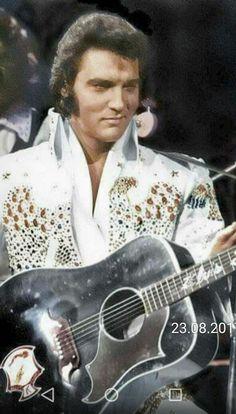 Elvis hi. Elvis Presley Wallpaper, Elvis Presley Photos, Elvis Aloha From Hawaii, Elvis In Concert, Lisa Marie Presley, Priscilla Presley, Star Wars, Rhythm And Blues, George Clooney