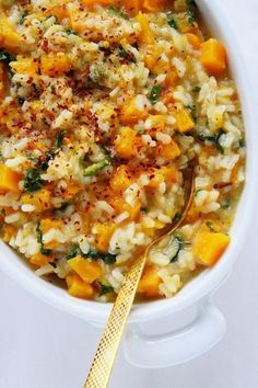 Butternut Squash Kale Risotto Naive Cook Cooks A very Popular Pin for fall! Side Dish Recipes, Veggie Recipes, Dinner Recipes, Cooking Recipes, Vegan Butternut Squash Recipes, Dinner Ideas, Healthy Meals, Healthy Eating, Healthy Recipes