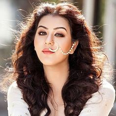 See Shilpa Shinde height, weight, age, biography, wiki, body measurements, Shilpa Shinde husband, family, boyfriend, affairs, religion, facts, education and more. Shilpa Shinde Is Indian TV Actress. Indian Wedding Bride, Nauvari Saree, Cool Girl Pictures, Tv Girls, Indian Tv Actress, Cute Girl Face, Star Girl, Beautiful Girl Image, Height And Weight