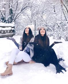 Bff and friends image Sister Pictures, Snow Pictures, Best Friend Pictures, Friend Photos, Christmas Pictures, Mode Au Ski, Tumbrl Girls, Jacky, Snow Outfit