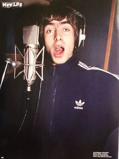 I don't believe in the world outside my room Gene Gallagher, Lennon Gallagher, Liam Gallagher Oasis, Oasis Album, Oasis Band, Liam And Noel, Indie Boy, Legendary Pictures, Stupid Face