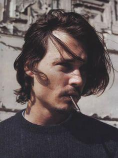 vorfreude — puthas: Johnny Depp by Jake Chessum, 1999 Young Johnny Depp, Johnny Depp Fans, Here's Johnny, Handsome Men Quotes, Handsome Arab Men, Marlon Brando, Johnny Depp Joven, Brat Pitt, John Depp
