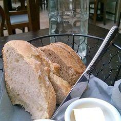 Turhaa leipää.  #instafood #food #foodgeek #foodgasm #foodie #foodblogger #foodporn #foodshare #instagood #foodlover #ruokablogi #herkkusuu #lautasella #Herkkusuunlautasella