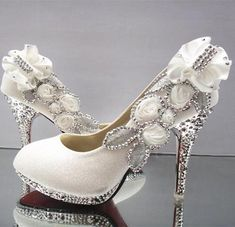 1e9ef3bb8eb48 Bling Bries Bouquet - online bridal store White Gold Silver Pink Wedding  Shoes Lace Satin Flower