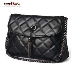 New Women Shoulder Bag Luxury PU Leather Chain Messenger Handbag Crossbody Bags Travel Handbags, Designer Shoulder Bags, Types Of Bag, Chain Shoulder Bag, Leather Chain, Cross Body Handbags, Leather Handbags, Crossbody Bag, Clutches