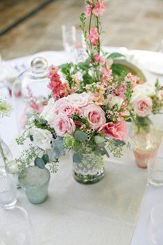 Tischdekoration für die Hochzeit #wedding #weddingflowers #weddingtable