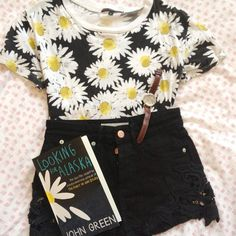 OOTD Love how the outfit it's self matches the book, and what a great book it is