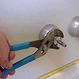 Pic Of Bath Tub Faucet Drips How To Replace A Faucet Washer To Stop Leak At Spout