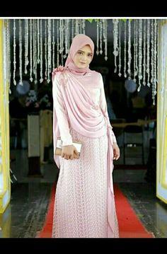 Batik Fashion, Abaya Fashion, Fashion Dresses, Hijab Evening Dress, Hijab Dress, Kebaya Muslim, Muslim Dress, Moslem Fashion, Model Kebaya