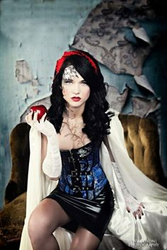 1000 Images About Snow White Photo Shoot Concept Board On