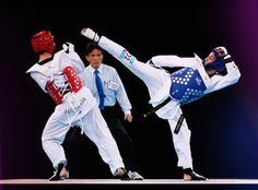 """L. T U N C A T 54  Find the mistake?☺️ #lt54 #tuncat #taekwondo #roadtorio #rio2016 #kick #fight #action #power #speed #blue #WirfuerD #nrwfuerrio…"""