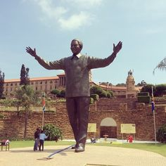 Mandela Statue in Pretoria News South Africa, Purple City, Port Elizabeth, Kruger National Park, Pretoria, Slums, African Animals, Built Environment, African Design