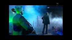 Apocalyptica feat. Ville Valo and Lauri Ylönen: Bittersweet live at Hart.../ who knew finland had so many pretty and talented men running around? and why the hell didn't you tell me ??????????!!!!!!!!!!! [love the Lauri's black feathers] I LOVE IT THAT VILLLE DOESN'TVSEEM TO GIVE A SHIT THAT THE ARENS THEY PLAY IN ARE SMOKE FREE ZONES! HA HA!