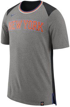 Nike Men s New York Knicks Basketball Fan T-Shirt 683cd90bf