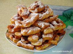 Taratuszki - pulchne faworki Pretzel Bites, French Toast, Bread, Breakfast, Pdf, Food, Holiday, Morning Coffee, Vacations