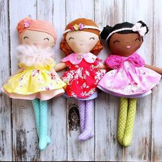 These 3 little ladies are ready to join in tomorrow's release too! #spuncandydolls #handmadedolls #fabricdolls #clothdolls #lecienfabrics #springcolors #flowersugarcollection #dollsofcolor #ethnicdolls #blackdoll #nebraskasbest #flowersugar #flowersugarworld