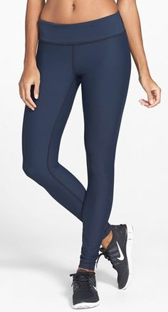 navy eclipse reversible leggings  http://rstyle.me/n/mred6pdpe