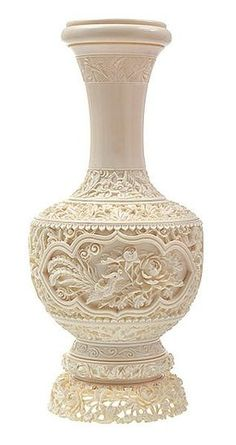 A Chinese Carved and Pierced Ivory Vase late Qing Dinasty, Circa 1900 Ancient Egyptian Tombs, Vases, Bone Crafts, Vintage Bottles, Ancient China, Pottery Art, Pottery Ideas, Stone Carving, Ivoire