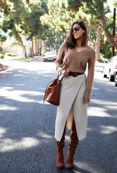 Outfit Inspirations : What to Wear With Brown Boots Stylish Knit wrap midi skirt History of Knitting Wool rotating, weaving and stitching careers such as for example BC. Midi Skirt Outfit, Midi Skirts, Skirt Outfits, Brown Dress Outfits, Autumn Skirt Outfit, Wrap Skirts, Look Fashion, Skirt Fashion, Winter Fashion