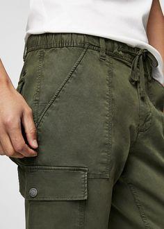 Cotton cargo trousers -  Man | MANGO Man India