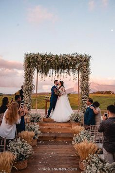 Espectacular Awesome perfect wedding are readily available on our internet site. Check it out. Awesome perfect wedding are readily avai. Wedding Places, Wedding Locations, Wedding Bells, Wedding Ceremony, Wedding Venues, Wedding Ideas, Wedding Outside, Wedding Centerpieces, Wedding Decorations
