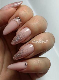 Gold Nails, Silver Roses, Nailart, Beauty, Beleza, Cosmetology, Gold Nail, Golden Nails