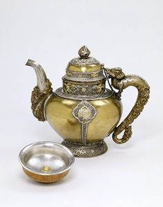 Awesome antique teapot - 19th C.
