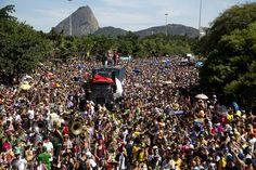 Río de Janeiro recibió casi un millón de personas en su carnaval este fin de semana
