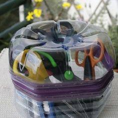 Pet Şişe Geri Dönüşüm Fikirleri 71 Plastic Bottles, Art Lessons, Lunch Box, About Me Blog, Garden, Diy, Decor, Gardens, Recycling Ideas