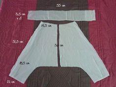 Voici un sarouel pour garçon de 3 à 4 ans. Voici aussi le tuto, si ça vous tente. J'ais utiliser le dessous d'une jupe à moi et un élastique de 2 cm. Les poches ont été mises à la dernière minute avec quelques boutons. 36 cm