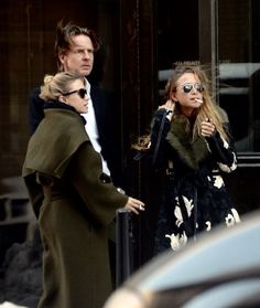Ashley, David Schulte, and Mary-Kate outside their office in NYC, March 16 2017 (via olsensobsessive.com)