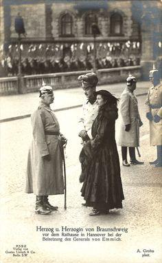VL and EA receiving Grand Duke Friedrich Augustus II of Oldenburg Oldenburg, First French Empire, German Royal Family, German Houses, Princesa Victoria, Queen Sophia, Queen Victoria Family, Ernst August, Grand Duke